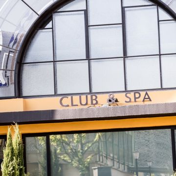 Club & Spa opening hours